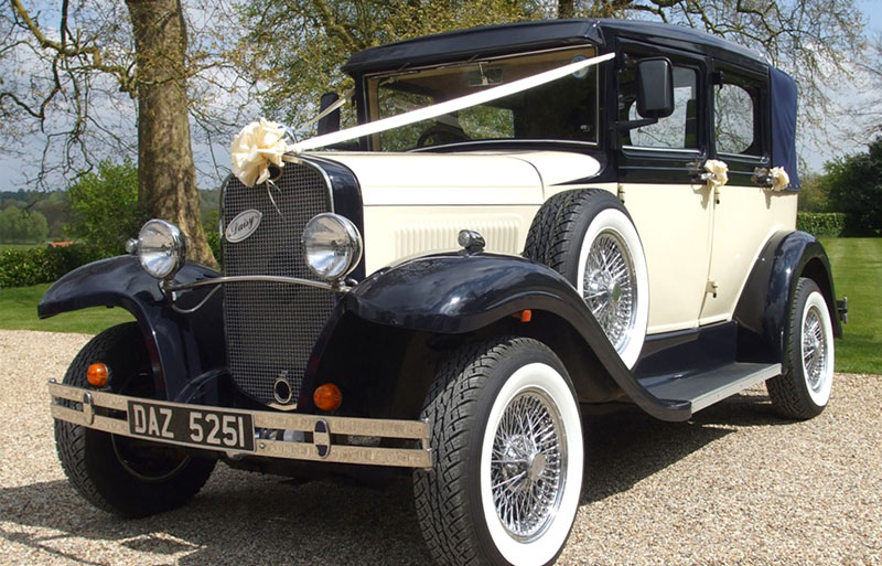 Badsworth classic vintage wedding car