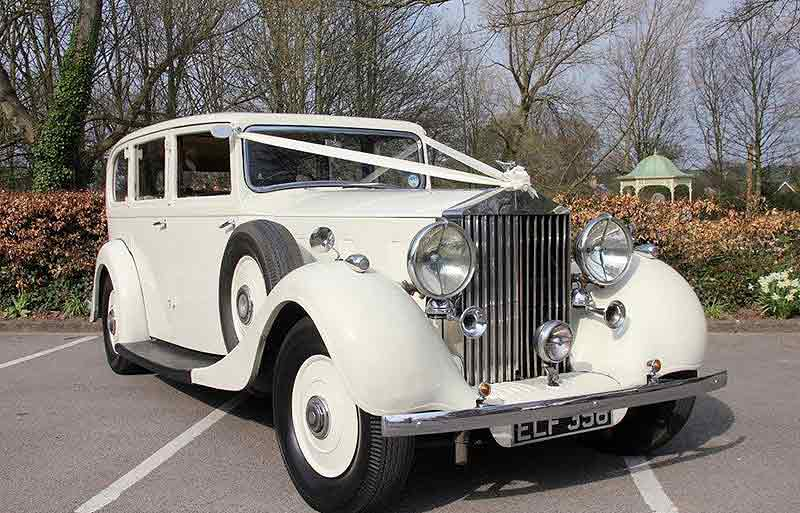 Why Rolls Royce Wedding Cars Make Perfect Wedding Transportation?