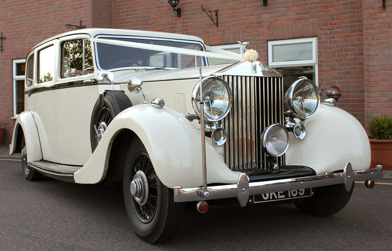 Vintage Rolls Royce Phantom Wraith with Wedding ribbon