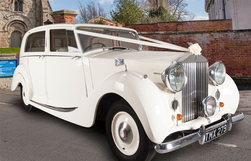 Rolls Royce Silver Wraith vintage wedding car