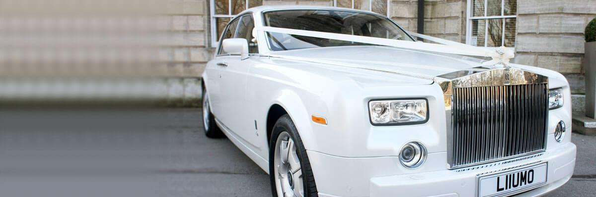 Pearl white Rolls Royce Phamtom wedding car